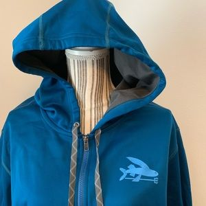 EUC Patagonia full zip flying fish